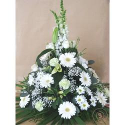 devant de tombe fleurs blanches la ronde des fleurs rennes