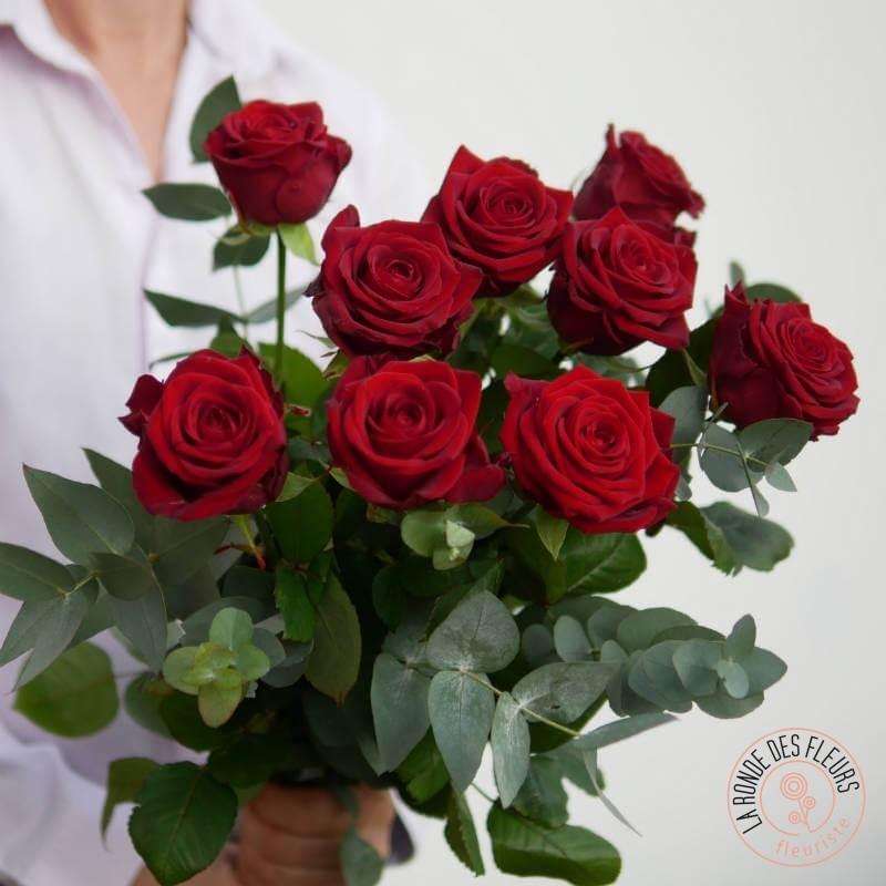 bouquet de 9 roses rouges la ronde des fleurs
