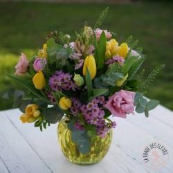 Bouquet rond printanier La Ronde des Fleurs fleuriste Interflora Rennes