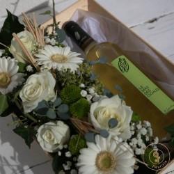Coffret vin blanc et fleurs