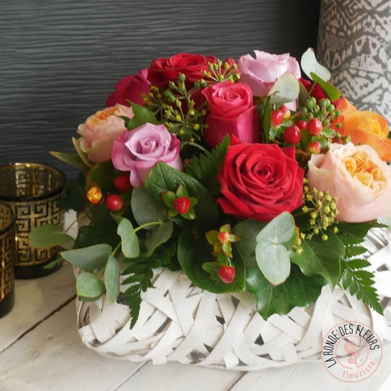 panier de roses la ronde des fleurs fleuriste interflora rennes