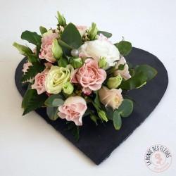 Coeur de roses sur ardoise - Ronde des fleurs