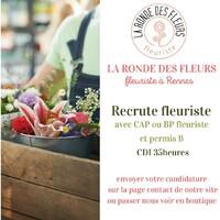 La Ronde des Fleurs, fleuriste à Rennes,  recherche un(e) fleuriste qualifié(e) pour rejoindre son équipe dynamique et faire plein de beaux bouquets pour ses clients! 😉😍 CDI 35 heures à pourvoir dès que possible.  Merci de relayer!  #recrutement #fleuriste #cdi #rennes #jobfleuriste #larondedesfleurs-rennes